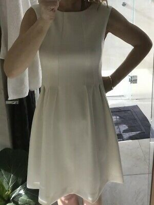 AU20 • Buy Stunning ZARA White Skater Dress Size XS 6-8