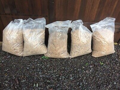 LARGE BAGS SAWDUST ANIMAL PET BEDDING. Collection Only 6 Available. • 1.50£