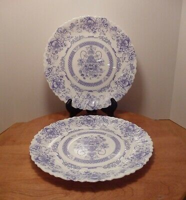 Arcopal  Honorine  - Set Of Two 11-7/8  Scalloped Serving Plates - France • 24.99$
