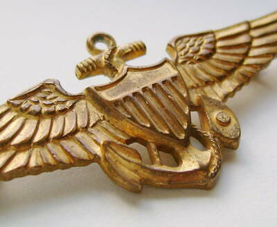 WWII 2-3/4  Navy Or Marine Corps Pilot Pin-backed Wing Badge • 45$