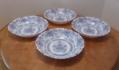 Arcopal  Honorine  - Set Of Four 7.25  Scalloped Soup/Cereal Bowls - France • 17.99$