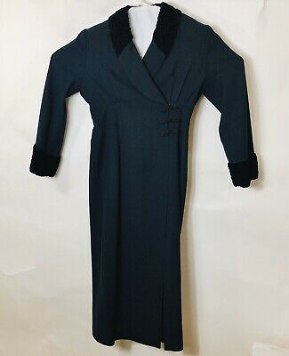 Vintage Beau David Gown Blue With Black Faux Cuffs And Collars  • 39.34£