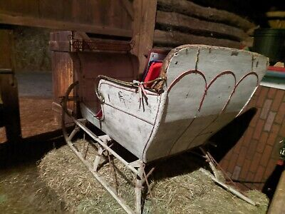 $1080 • Buy Antique Horse Drawn Sleigh Made In Canada. Barn Stored. Circa 50 Years.