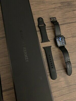 $ CDN1302.95 • Buy Apple Watch Series 5 Hermès 40mm Space Black Stainless Steel With Noir Hermes