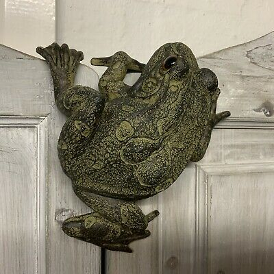 Frog Hanging Garden Fence Ornament Decoration Figure Vintage Style Toad Climbing • 15.99£