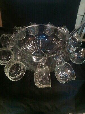 HUGE VINTAGE PRESSED GLASS PUNCH BOWL & 11 CUPS,hooks, Ladle,ex Con. • 29£