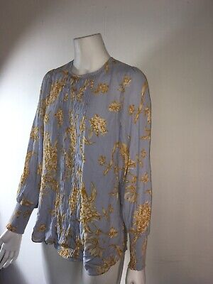 AU30 • Buy Witchery Floral Top Size  6