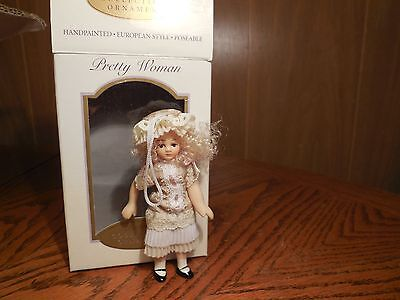 $ CDN6.77 • Buy Pretty Women Porcelain Collectible 4 Inch Doll Ornament (Lot 9)
