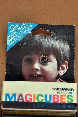 $5.95 • Buy VINTAGE SYLVANIA BLUE DOT MAGICUBES 3 CUBES/12 FLASHES In Sealed Retail Box