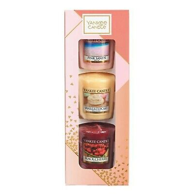 Yankee Candle Votive Candle Gift Set Vanilla Cupcake, Pink Sands & Black Cherry • 4.99£