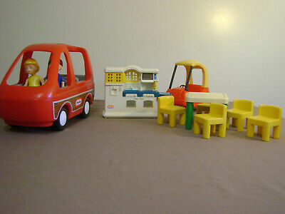 $69.95 • Buy Little Tikes Doll House Lot Of 11 Pcs Van Cozy Coupe Table Chairs Kitchen People