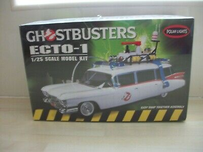 Polar Lights 1:25 Scale Ghostbusters Ecto-1 Snap Fit Plastic Model Kit • 50£