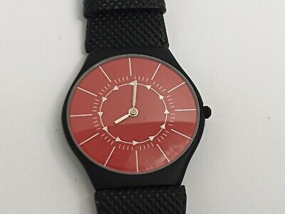 Nice Mens Quartz Wrist Watch With A Red Dial & Black Strap, Mens Quartz Watch • 5.99£