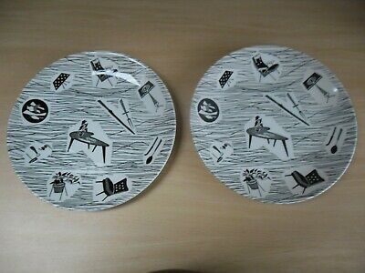 Two RIDGWAY HOMEMAKER  Enid Seely 9 Inch Side Plates In Excellent Condition • 9.99£