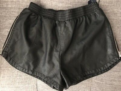 $19.99 • Buy Forever 21 Black Faux Leather Side Zippered  Shorts S/M