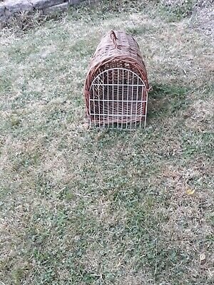1 Vintage Cat Natural Wicker Baskets /Carrier • 22£