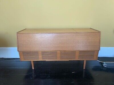 FULLY WORKING / Re-wired 3 Years Ago - Mid Century HMV Record Player/radiogram • 180£