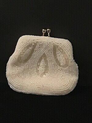 $15 • Buy Vintage Coin Purse White Faux Pearl With Kiss Clasp (1475)