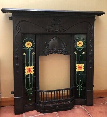 Victorian Style Cast Iron Fireplace Surround With Tiles • 350£