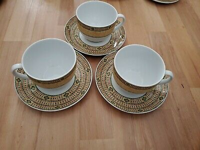 £20 • Buy Wedgewood Florence Breakfast Cups And Saucers