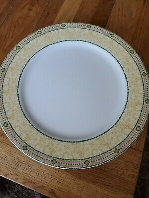 5 Wedgewood Florence Dinner Plates • 50£