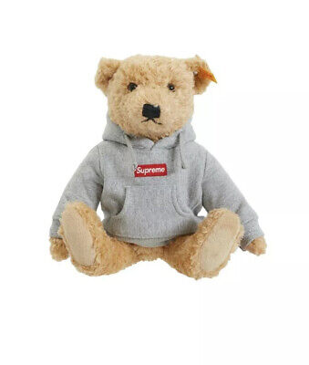 $710 • Buy Supreme FW18 Steiff Teddy Bear X Supreme Oreo Pack Of 3 Cookies 100% Authentic