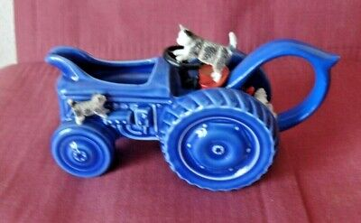 Park Rose Pottery Blue Tractor Jug With Cats ,chicken • 17.49£