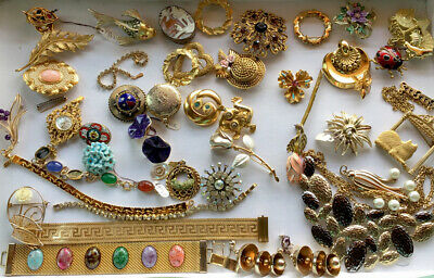 $ CDN135.77 • Buy Huge Vintage 30s/80s Jewelry  Lot UNSEARCHED UNTESTED Some Signed Awesome Pieces