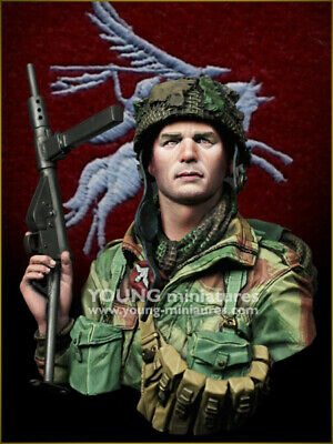 Young Miniatures British Paratrooper WW2 1/10th Bust SL005 Unpainted Kit  • 49.99£