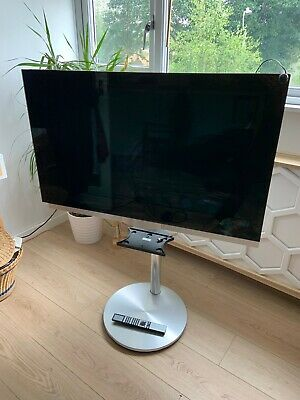 Bang Olufsen BeoVision 7 TV, Stand & Remote • 200£