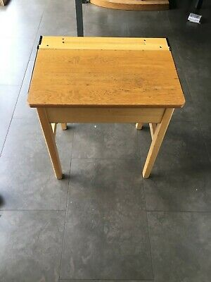 Child's School Desk - Old Style • 5£