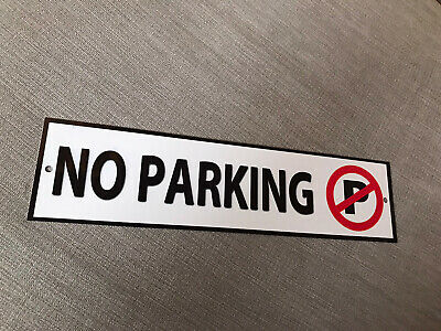 Metal Private No Parking Sign • 2£