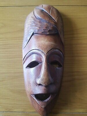 Wooden Mask • 12£