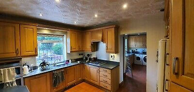 Solid Wood Kitchen With Granite Worktops. Large Good Quality Kitchen. • 2,040£