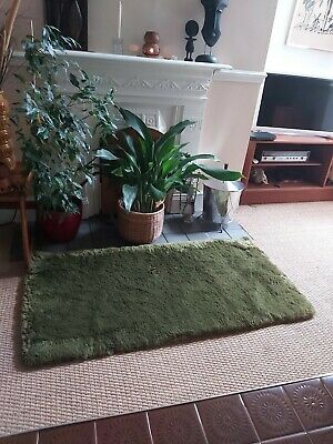 £29.99 • Buy Vintage Retro Mid Century 60s 70s Thick Warm Fire Side Hearth Green Rug