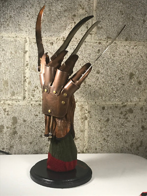 Freddy Krueger Metal Glove With Sweater Display Stand A Nightmare On Elm Street • 173.76£