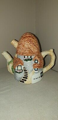 Novelty Cottage Collector's Teapot 'The Craft Shop' • 8£