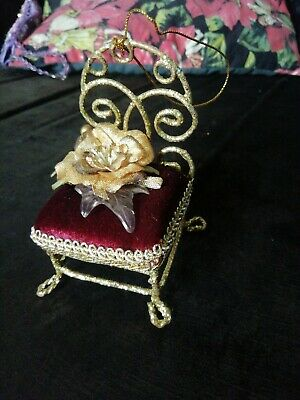 VINTAGE Red Velvet Gold Chair Christmas Hanging Tree Decorations Kitsch  • 15£