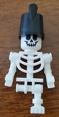 LEGO Minifig Skeleton With One Leg And Imperial Guard Hat From 21322 Gen141  • 4.50£