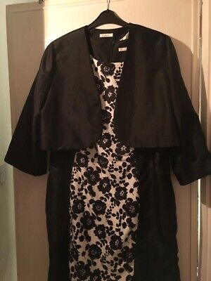 Black And White Floral Two Piece Dress And Boloreo Jacket Set - Size 22 • 25£