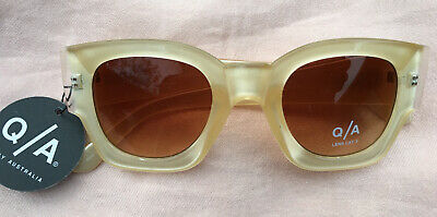 AU25 • Buy QUAY AUSTRALIA Polygon Gold Sunglasses BNWT!!