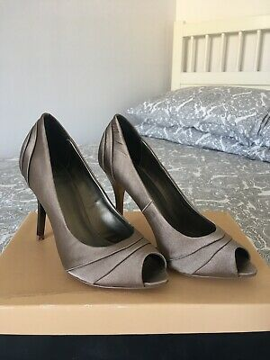 Carvela Dagger Shoes Evening Heels Taupe Champagne Gold Wedding 5/38 RRP £70 • 22£