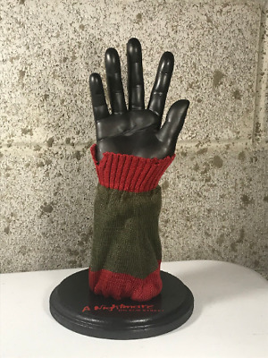 Freddy Krueger Glove Stand Display W/ Sweater A Nightmare On Elm Street Prop • 69.50£
