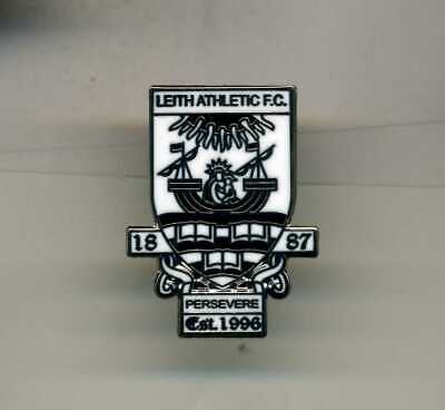 New  Leith Athletic  Fc  Scottish  Non League Football Pin Badge • 2.40£