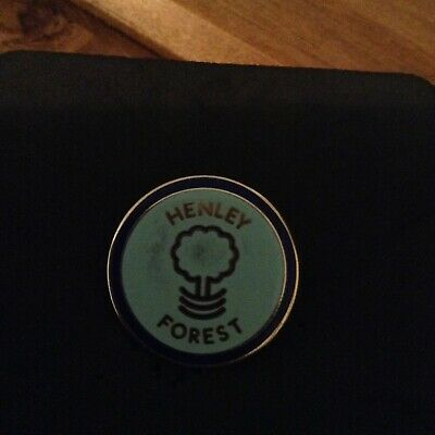 Henley Forest Football Club Badge (Rare) Non League / Excellent Condition • 1.99£