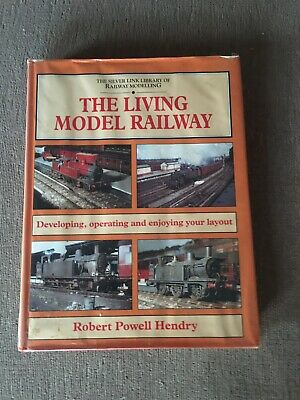 The Living Model Railway • 4£