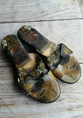 Icon Wearable Art Printed Sandals Size 6 Medium • 10.13£