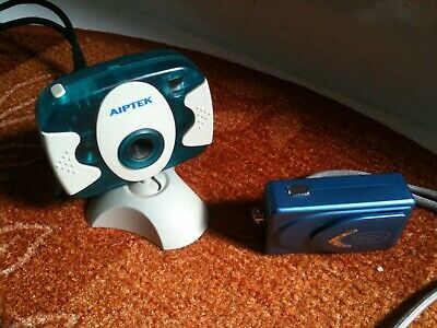 A Pair Of Old Digital Cameras (Aiptek And Shotz) • 8.99£