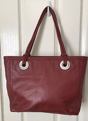 AU30 • Buy Oroton Burgundy Leather Tote Style Bag