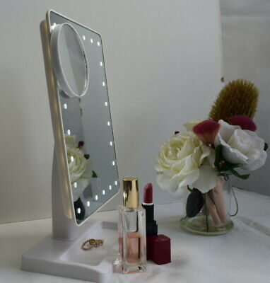 12  Screen Makeup Mirror 24 Dimmable LEDs & Close-up Light Travel Vanity White • 9.99£